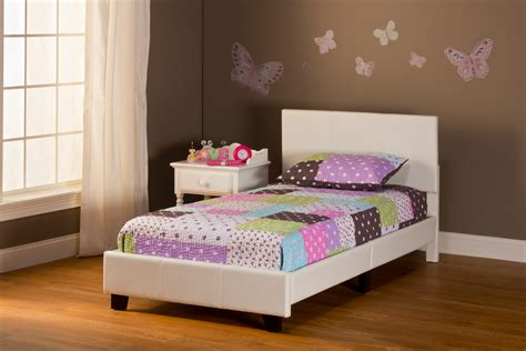 bed in the box springfield bed in a box bed set twin white finish 1642 330 decor south