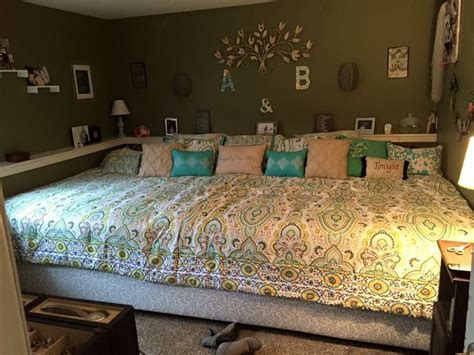 extra large headboards best 25 big beds ideas on pinterest porch bed porch