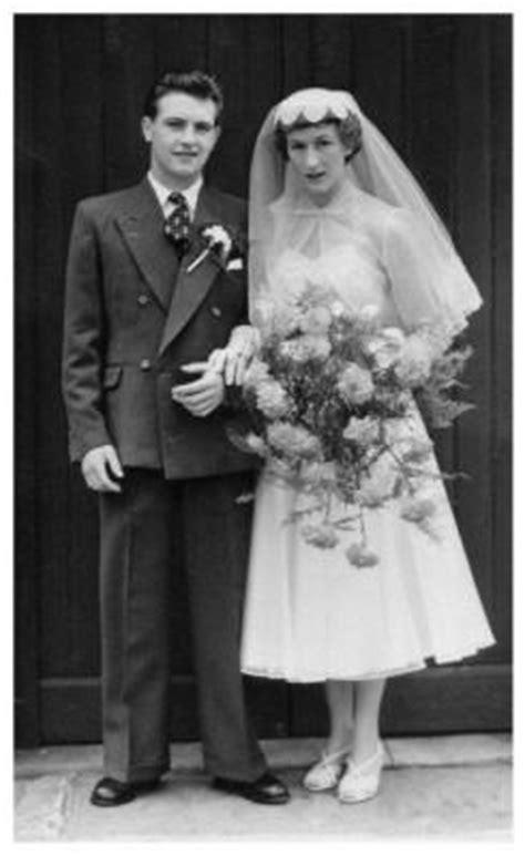 Throwback Thursday; 1950's Brides | Flirty Fleurs The