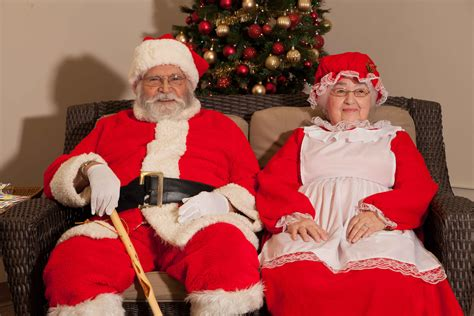 28 best santa claus and miss claus ms claus scolds