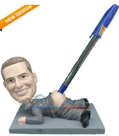 bobblehead pen pulled pen holder custom bobblehead doll