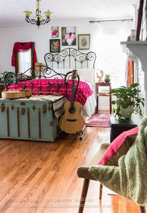 bohemian inspired bedroom 25 best ideas about bohemian bedrooms on boho