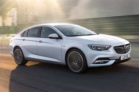 vauxhall insignia grand sport vauxhall insignia grand sport revealed pictures