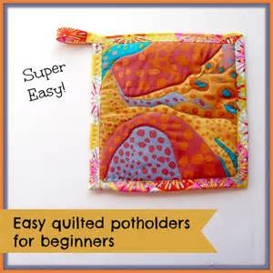 How To Make Quilted Potholders by Easy Quilted Potholders Kitchen Sewing Series So Sew Easy