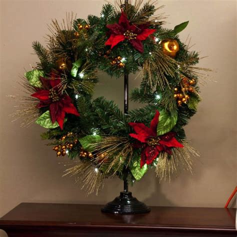beautiful wreaths 22 beautiful christmas wreaths designs style motivation