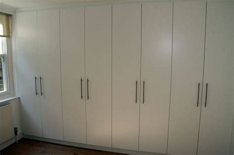 Space Saving Built In Wardrobes by Pin By Dorothy Kopel On Furniture And Decorating