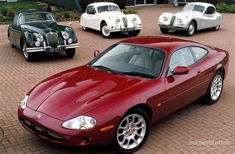 jaguar xkr      autoevolution