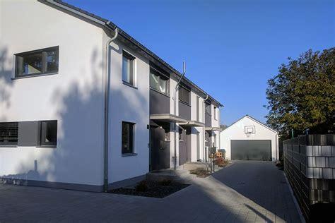 einfamilienhaus reihenhaus yan architekturb 252 ro einfamilienhaus mehrfamilienhaus