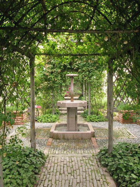giardino medievale giardino medievale angera giardini in viaggio