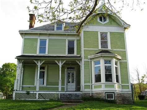 colorfu houses painting historic home paint colors home painting ideas