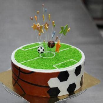 football birthday cakes  football themed cake ideas