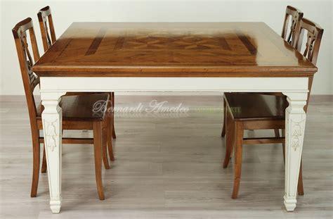 tavoli quadrati grandi tavoli in legno intarsiato tavoli