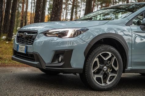 subaru xv 2 0 review subaru xv 2 0 se premium 2018 review autocar