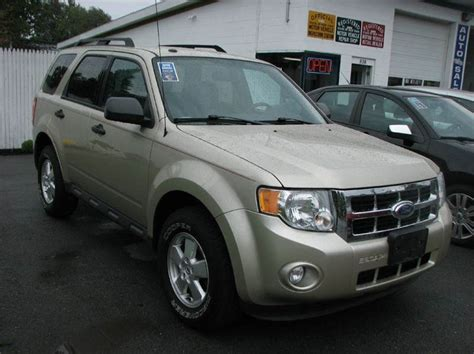 ford escape xlt awd dr suv  watertown ny roberts