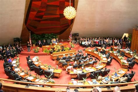 head of the house of representatives hawaii house of representatives head apologizes to