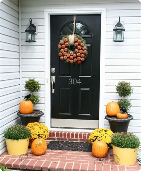 decorating front porch for fall 85 pretty autumn porch d 233 cor ideas digsdigs