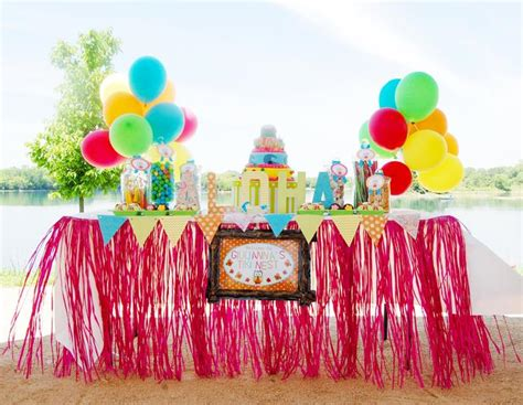 Aloha Decorations by Aloha Owl 1st Birthday Via Kara S Ideas Kara