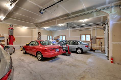 car enthusiast garage for the car enthusiast