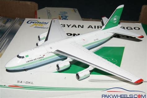 model commercial jets commercial airplane models for sale scale 1 400 non
