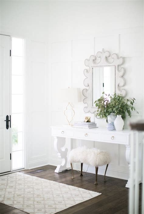 bedroom color schemes pictures 160 best entryways amp hallways images on pinterest home 14230   33ff23487af45d14230e3769792c5daf white paint colors white paints