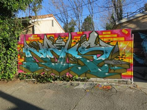 melroseandfairfax palm tree graffiti