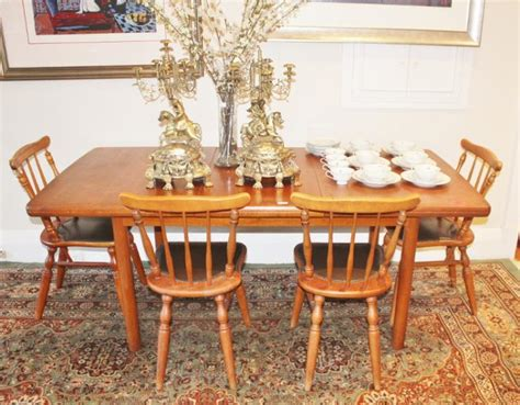 Chiswell Dining Table Chiswell Extension Dining Table With Chairs