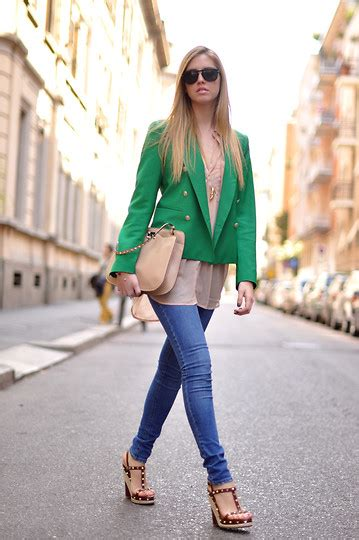 chiara ferragni zara chiara ferragni valentino shoes zara green blazer