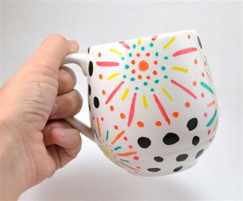 paint over pint three dots and a dash 25 february ilovetocreate blog dashes and dots diy floral mugs