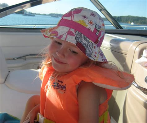 boating right of way canada boat safety rules for kids and adults on the water my