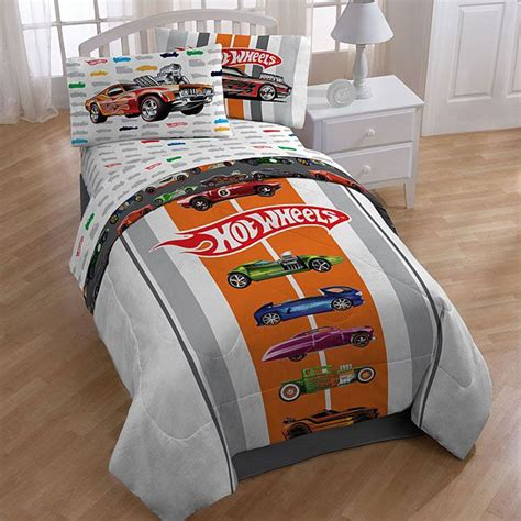 hot wheels full size 5 piece bed in a bag with sheet set