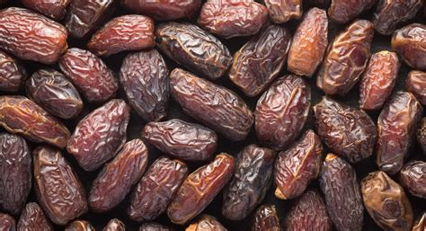 Or Date Falling In With Dates Date Palm Thrive Market