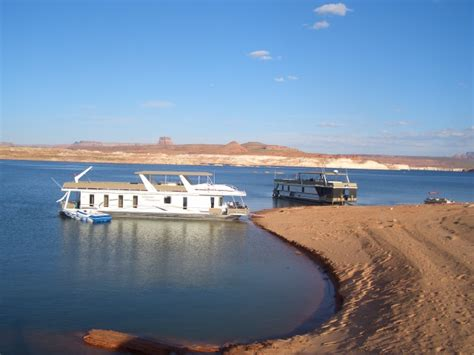 big bear houseboat rentals come join the fun at hyrum boat rentals and state park