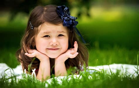 child in smiling child wallpaper hd pictures