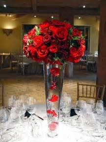 roses centerpieces steel city a pittsburgh wedding those
