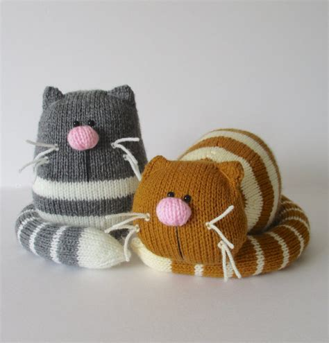 how to knit a kitten cat and kitten knitting patterns in the loop knitting
