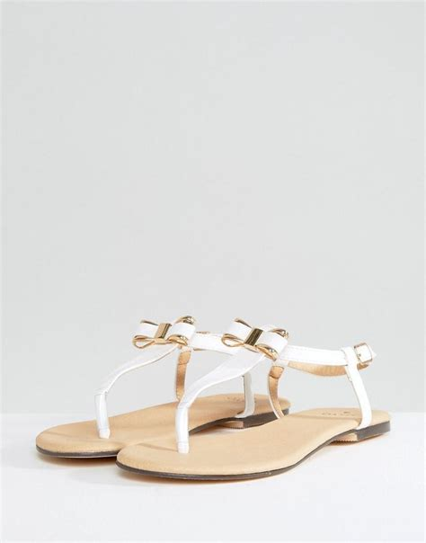 white bow sandals oasis bow toepost sandal in white lyst