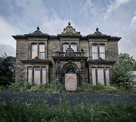 2 abandoned mansions of ireland ii more portraits of forgotten stately homes books 10 abandoned houses manors cottages ghosts