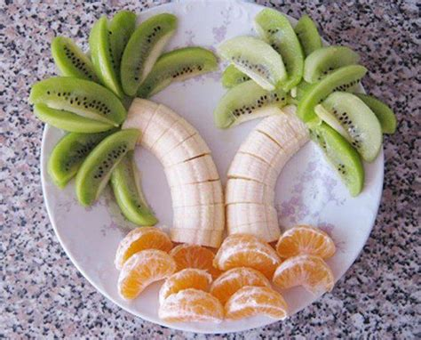 palm tree made of fruit how to arrange fruit in the shape of palm trees