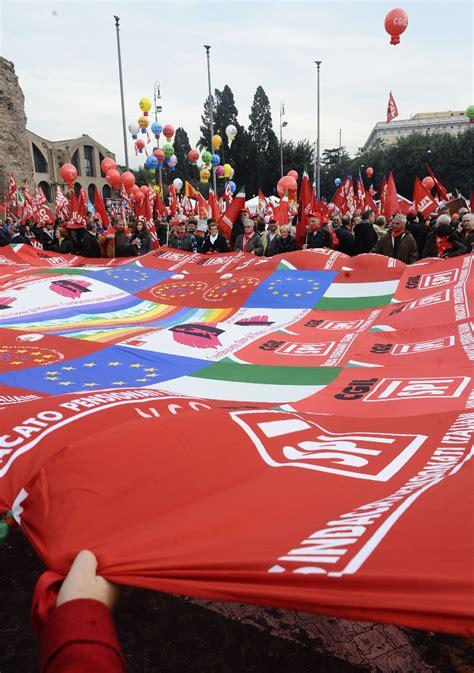 cosa fare in caso di mobbing cgil ecco come i sindacati difendono i lavoratori