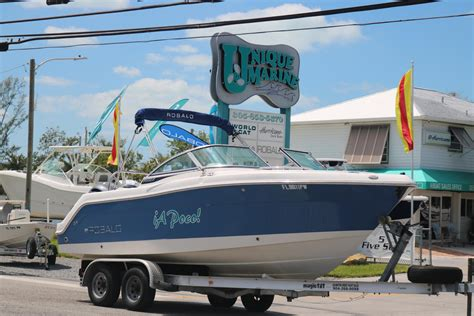 robalo boats r227 used robalo boats for sale boats