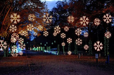 the lights of nashville tn 12 of the best light displays in tennessee in 2016