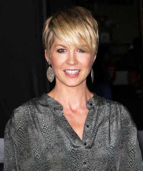 short hair on pinterest jenna elfman haircuts and cool haircuts pictures of jenna elfman google search 헤어스타일