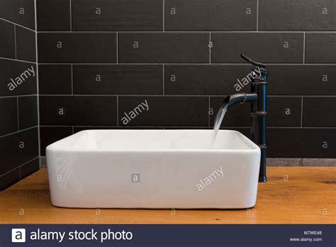 piastrelle bagno nere bagni moderni piastrelle nere piastrelle bagno azzurre
