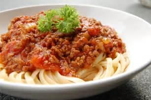 spaghetti bolognese a la mama mediterran leben