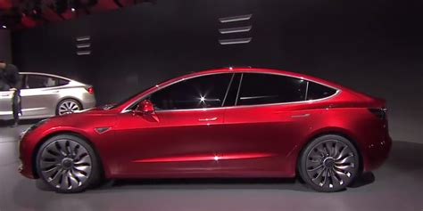 Tesla Be A Tesla Unveils Its 35 000 Model 3 For The Masses