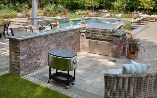 Backyard And Grill The Worlds Catalog Of Ideas And Backyard Patio With Grill Pictures Savwi
