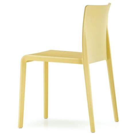 sillones de plastico mejores 17 im 225 genes de sillas y sillones de pl 225 stico en