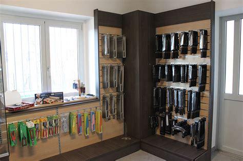 negozio di arredamento arredamento negozio di articoli per parrucchieri