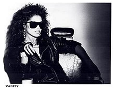 Vanity Wiki by Vanity Singer