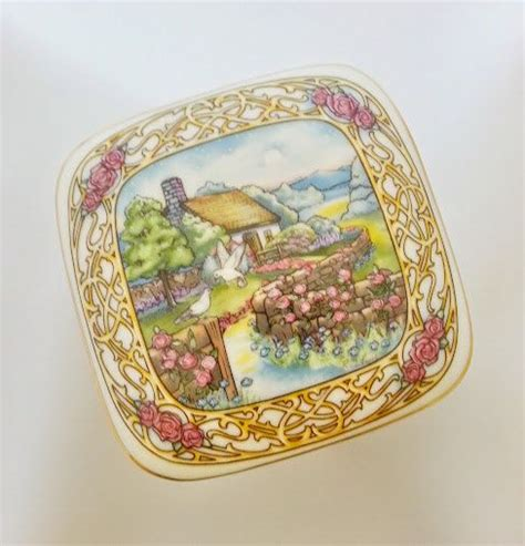 heritage house music box 17 best images about music boxes on pinterest valentine music carousels and valentine day gifts